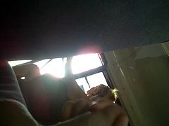 Flashing in the bus0001