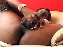 Hot masturbation as Ebony shemale takes the dick, lets the juices fly across the screen.