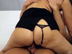 Young dawg doggy fucks busty raven haired mommy tough