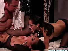 Cumswapping submissives threeway adventure with their new dom master