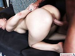 Johnny Castle has unthinkable sex with Alexis Rodriguez
