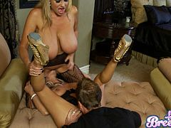 Kelly Madison And Bree Olson Gets Pounded In A Hardcore Threesome