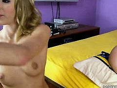 Blonde tart Isabella Clark and Berinice stretch each others muff with passion