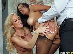 Brandi Love and her husband Keiran Lee have a good time sharing smoking hot brunette Abbey Lee sexy in hot threesome. They suck and fuck like sex crazed animals during nice fuck session.