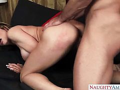 Johnny Castle pops out his schlong to fuck breathtakingly hot Corinna Blakes wet hole