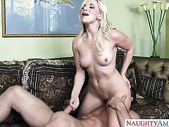 Johnny Castle seduces Oriental Ashley Fires with juicy butt and trimmed snatch into fucking