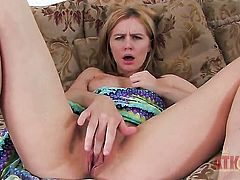 Blonde exotic Kelly Klass gets the pleasure from pussy dildoing