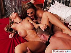 Bill Bailey gets seduced into fucking by Hot porn girl Nicole Aniston