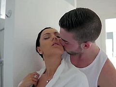 Huge titted chick Honey Demon just finished taking a shower and all she wanted is a fresh feeling before fucking passionately with her lover early in the morning.