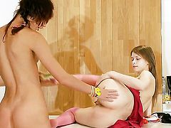 Natasha cant resist the desire to have sensual lesbians sex with gorgeous Beata