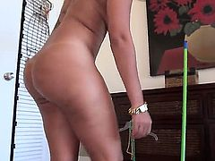 Curvy sexy maid from Cuba Angelina cleans the house completely naked to fulfill employers dirty fantasy and earn some extra cash. Juicy brunette with big tits and ass shows it all before she gets down on her knees to suck his rock hard dick.