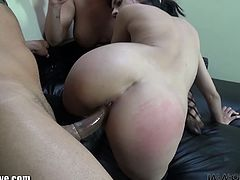 Immorallive real horny whores in ir threesome!