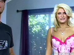 Broke Down Girls brings you a hell of a free porn video where you can see how this naughty blonde slut sucks and gets banged hard into a massively intense orgasm.