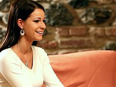 Very pretty Melissa Mendini strips naked during an interview