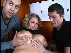 Huge Tits French