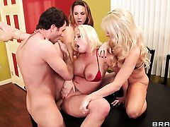 James Deen enjoys sultry Chanel Prestons wet hole in hardcore action