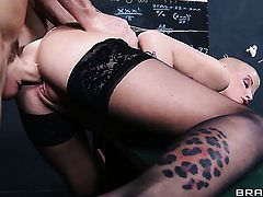 Extremely sexy vixen Joslyn James with huge jugs gets wildy pounded by Johnny Sins