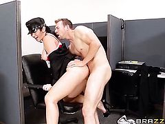 Erik Everhard gets seduced into fucking by Jayden Jaymes