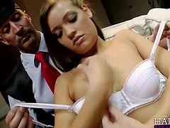 Cutie Ashlynn Leigh gets a visit from her professor in London to talk about her being expelled from school. Ashlynn soon persuades her teacher to let her stay in this Anal pounding scene.