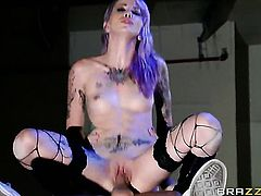 Krysta Kaos has some time to get some pleasure with Keiran Lees fuck stick in her mouth