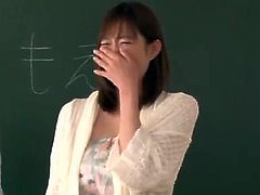 Chinese Teachers Perform in A cock mouth-fuck demonstrate in Front Of Their Students