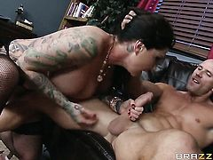 Johnny Sins explores the depth of ultra hot Darling Danikas wet beaver with his pole