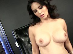 Spreading legs wide zealous Sunny Leone enjoys tickling her shaved pussy