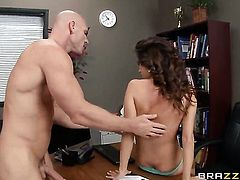 Johnny Sins shoots hos load after Ashley Sinclair with massive melons gives magic blowjob