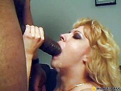 In her mouth he stuck his big dick
