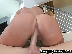 Johnny Sins is horny as hell and cant wait no more to pound London Keyes