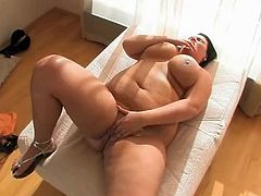 Horny fat BBW Teen GF loves showing her ass and pussy