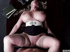 Clover loves always wet warm fuck hole of Holly Halston with giant jugs