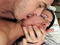 Brunette sex kitten feels the best feeling ever with James Brossmans sturdy love wand in mouth