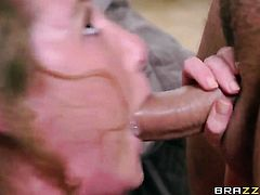 Glammed up whore Carter Cruise enjoys hard tool in her mouth after she gets her fudge packed