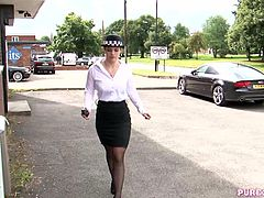Officer Lucia Love fuck her freshly caught hard cock. That´s just her fetish, she likes them really bad.