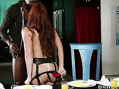 Janet Mason with gigantic jugs moves her mouth the right way to help Jason Brown bust a nut