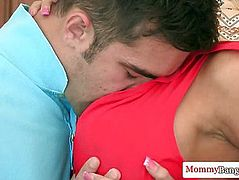 Glamorous russian milf and teen in a threeway