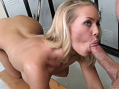 Nicole Aniston cant resist Peter Norths sturdy worm and takes it in her mouth