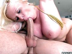 Angel Vain takes dudes meat pole up her wet spot