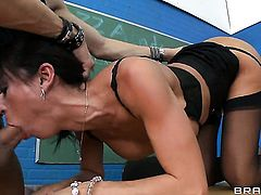 Xander Corvus attacks sultry Franceska JaimesS mouth with his love torpedo