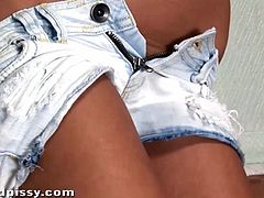 Stunning teen Bailey ryder wets her denim shorts with pee before peeling them off and playing with her beautiful pussy?