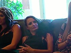 Alektra Blue,Ava Addams, Gianna Nicole and Kayla Kayden are among ten hottest pornstars that gather together to have fun. Thet are in the same mansion  and ready to get dirty things started.