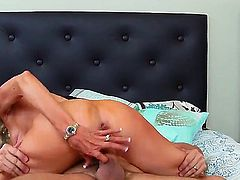 Emma starr, a slutty blonde cougar with amazing boobs needs some help with the grill. This guy Preston comes over and instead of the grill does her hungry vagina.