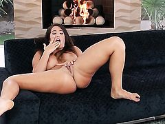 Eva Lovia with giant breasts and hairless beaver parts her legs to fuck herself with dildo