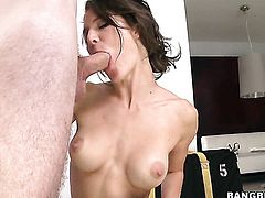 Jenni Lee with trimmed snatch strips and plays with herself for your viewing enjoyment
