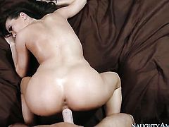 Johnny Sins fucks an Asian girl