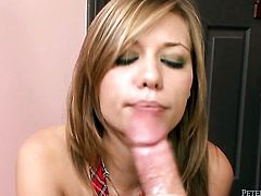 Nicole Ray does her best to make man explode in hardcore action
