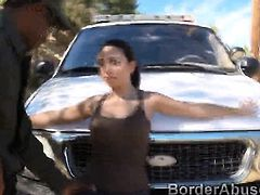 Border patrol captures a gorgeous foreign beauty crossing