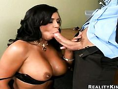 Mariah Milano with giant hooters turns Tommy Gunn on and takes his snake in her mouth