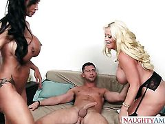Alura Jenson, Jewels Jade, Seth Gamble threesome